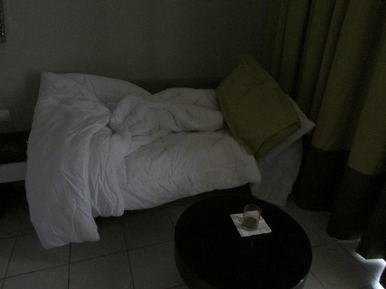 El Mouradi Club Kantaoui:                   My twin bed?  as hotel had no twin rooms