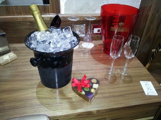 The Mill Hotel:                   The champagne and Chocolates.