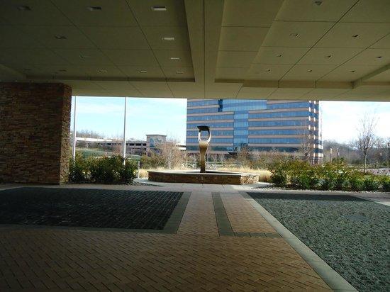 The Westin Washington Dulles Airport:                   Entrata