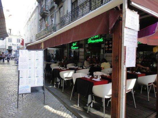 Sol Dourado :                   The restaurant is really a good option.