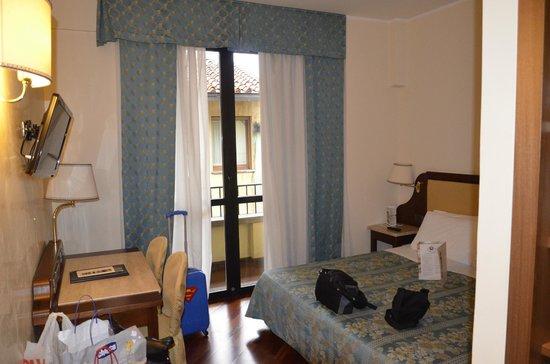 Pitti Palace al Ponte Vecchio:                   camera molto pulita!!!!