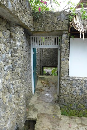 Palau Plantation Resort:                   The way to the pier