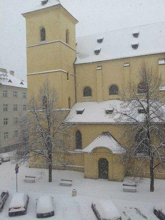 Maximilian Hotel:                   dalla finestra