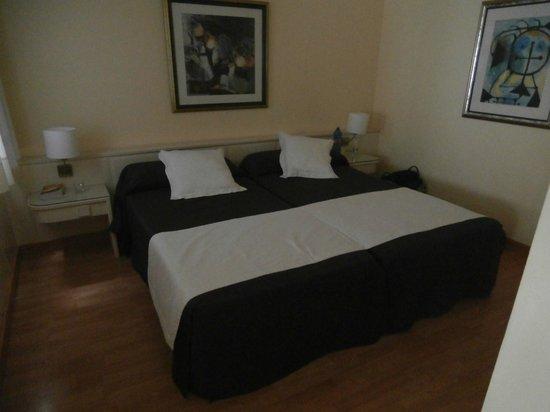 هوتل سويت برينسيس - شامل جميع الخدمات - للبالغين فقط:                   bedroom                 