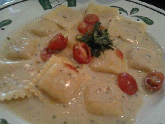 Three Cheese Ravioli Picture Of Olive Garden Bangor Tripadvisor