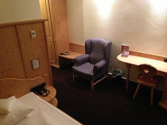 Hotel Christine : Room Sitting Area