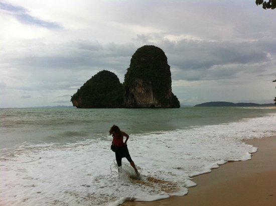 Anyavee Railay Resort:                   paseando por railay
