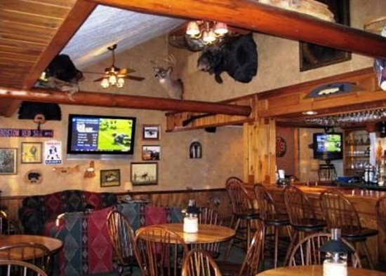 Rainbow Grille & Tavern: The Tavern at the Rainbow Grille