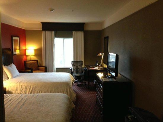 Hilton Garden Inn Oxford/Anniston:                   Two Queen Beds