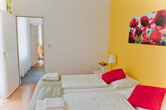 Actilingua Apartment Hotel Pension: Single Apartment