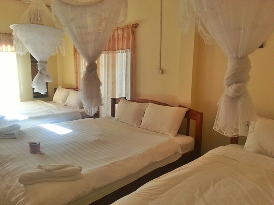 Jammee Guest House: bed room
