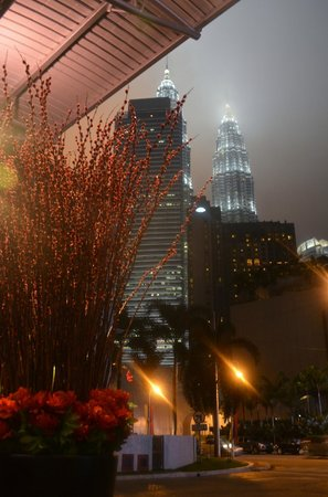 Impiana KLCC Hotel:                   View of Petronas Towers from the hotel driveway