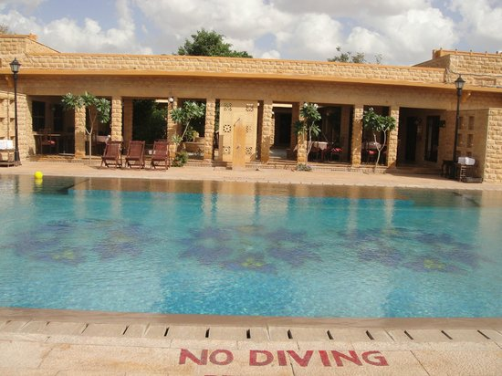 Hotel Rawalkot Jaisalmer:                   The pool.