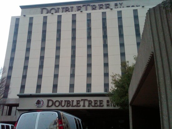Doubletree by Hilton Hotel:                   Outside main entrance
