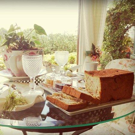 Chateau La Villette :                   Sensacional café da manhã