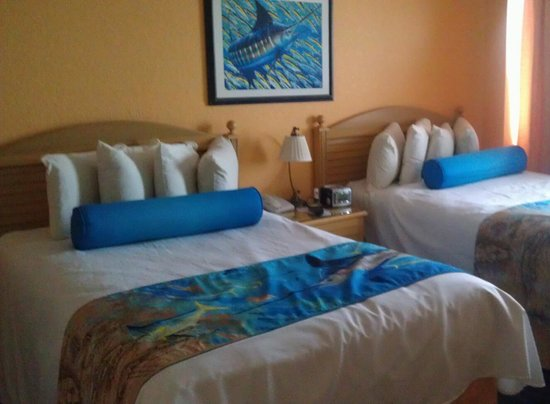 Guy Harvey Outpost, a TradeWinds Beach Resort:                   Nice standard room.  Had small wet bar, microwave and fridge.