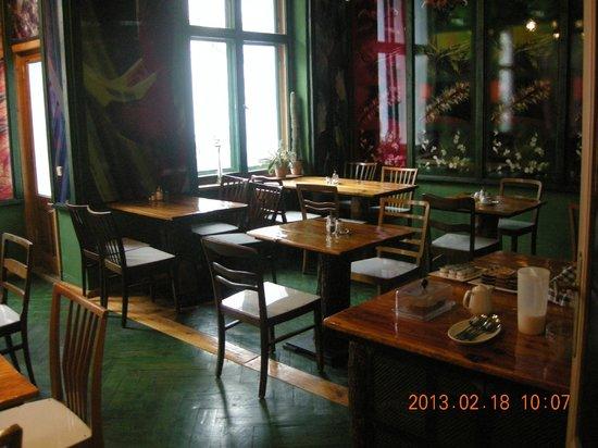 breakfast hall picture of propeller island city lodge berlin tripadvisor. Black Bedroom Furniture Sets. Home Design Ideas