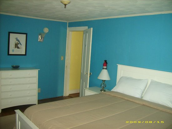 Daughter of the Stars Bed and Breakfast: Queens Room