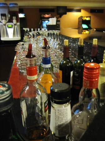 ClubHotel Riu Ocho Rios:                   Lots of drinks to choose from at the sports bar