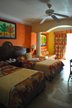 Grand Bahia Principe Coba:                   standard room