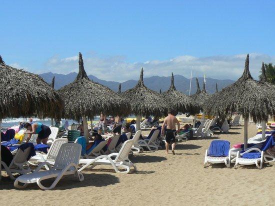 Royal Decameron Complex:                   The beach