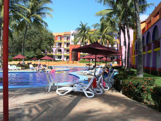 Royal Decameron Complex:                   Each block with a pool