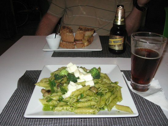 Titi Panini Pasta & Salad Bar:                   Excellent food at an excellent price!
