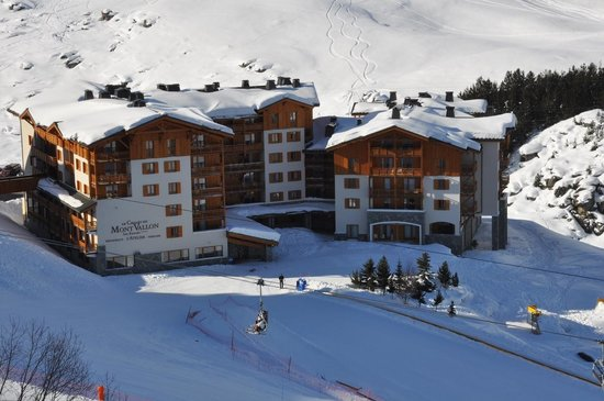 Le Chalet du Mont Vallon Spa Resort:                   View from Chairlift
