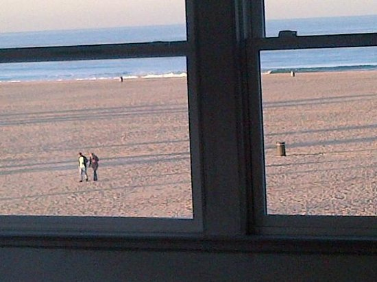 Su Casa Venice Beach:                   View from room 11