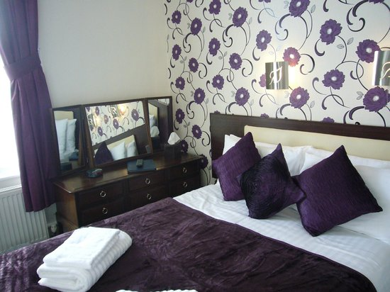Southern Hotel: Double bedded Room from Family 4 Room