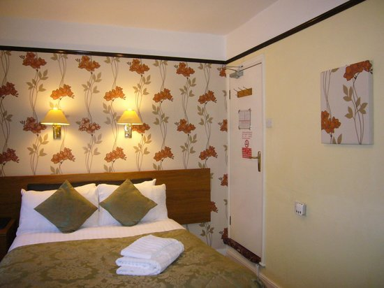 Southern Hotel: Standard Single Room with double bed