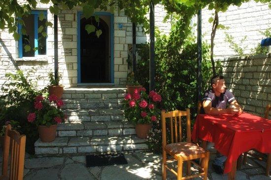 Ladias Guest House
