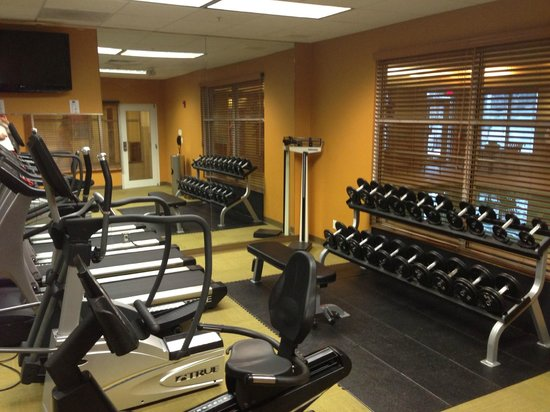 Courtyard Fort Smith Downtown: Fitness area
