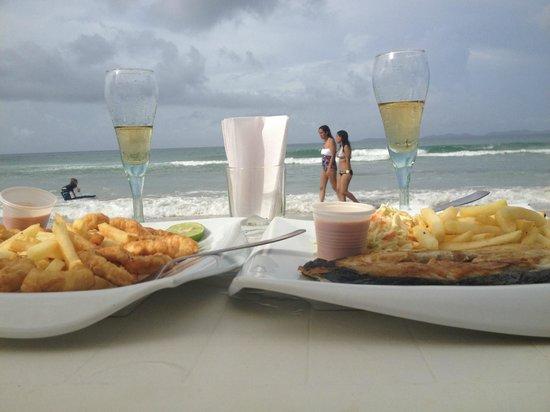 Hotel Costa Linda Beach:                                     Playa