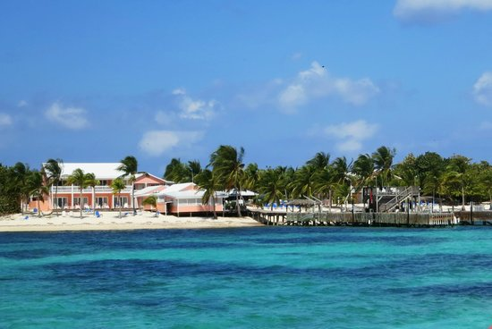Little Cayman Beach Resort: The resort from the dive boat
