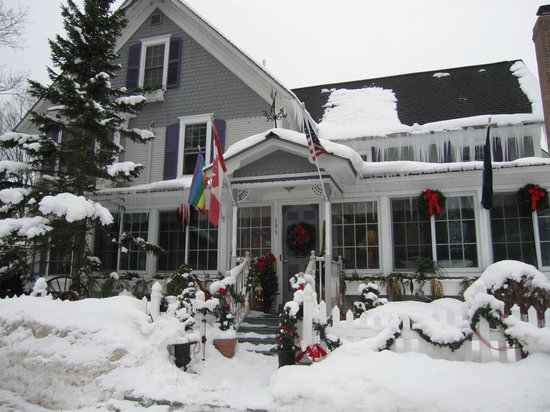 Phineas Swann Bed and Breakfast Inn:                   The Phineas in winter