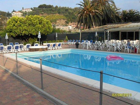Hotel Delle Mimose:                   Hotel pool