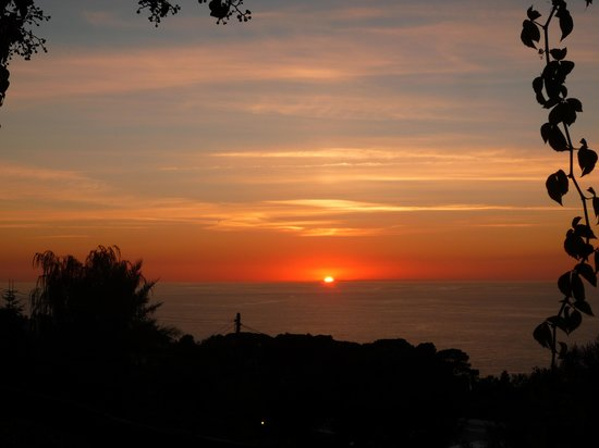 Hotel Il Girasole:                   The sunset from the terrace