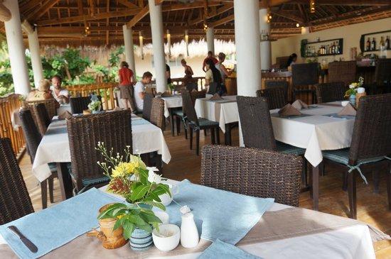 Ocean Vida Beach & Dive Resort: Restaurant