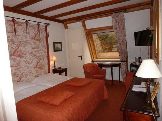 Hostellerie Schuddebeurs:                                     chambre
