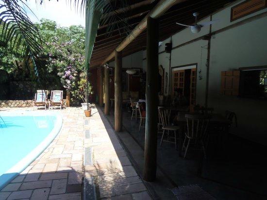 Hotel Pousada Guarana:                   Café ao Lado da Piscina