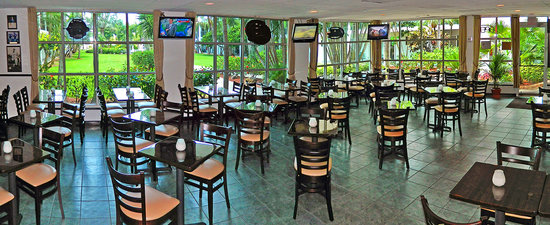 Players Sports Bar & Grille: Player's Sports Bar & Grille