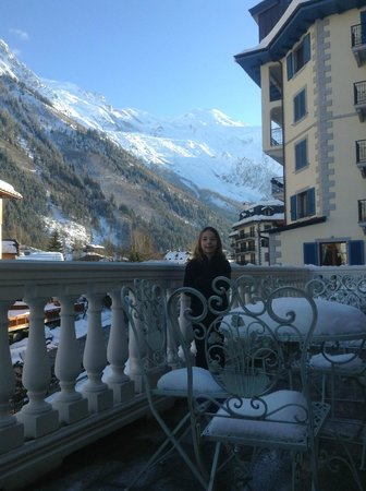 Grand Hôtel des Alpes:                   View from balcony off of common living room