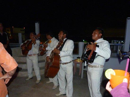 Casa Sirena Hotel:                   Mariachi Band