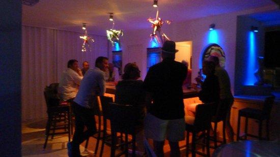 Casa Sirena Hotel:                   Roof top bar                 