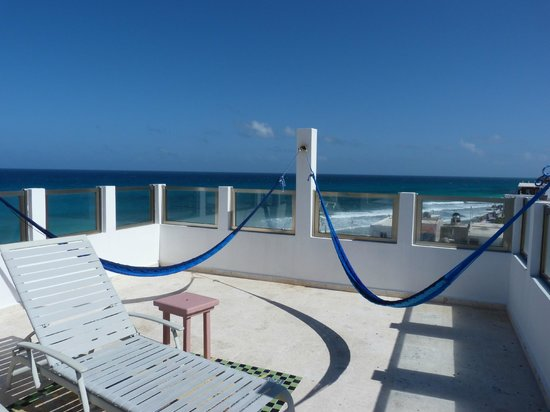 Casa Sirena Hotel:                   The tip top lounging area