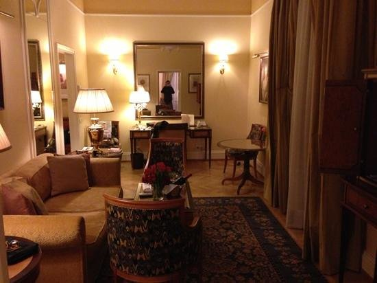 Belmond Grand Hotel Europe:                   252
