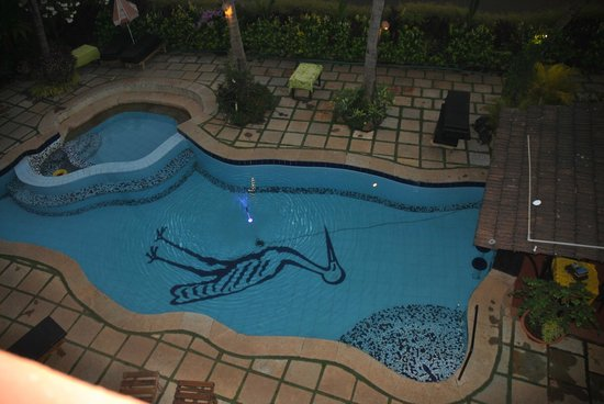 Swimming Pool - Kingstork Beach Resort