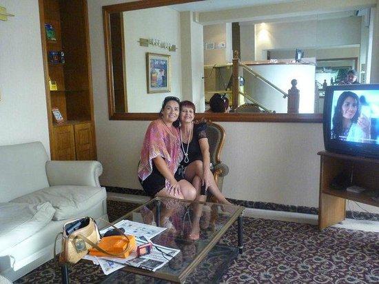 Nuevo Hotel Callao:                   hall