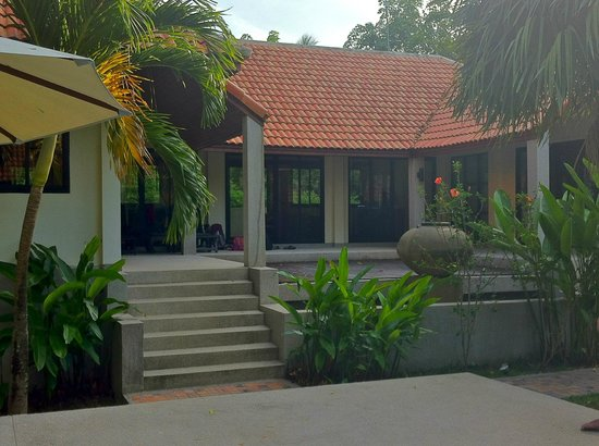 Ban Kao Tropical Boutique Residence & Spa :                   Vue de la villa